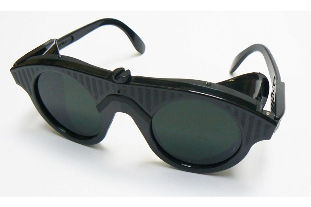 shade 10 welding safety goggles